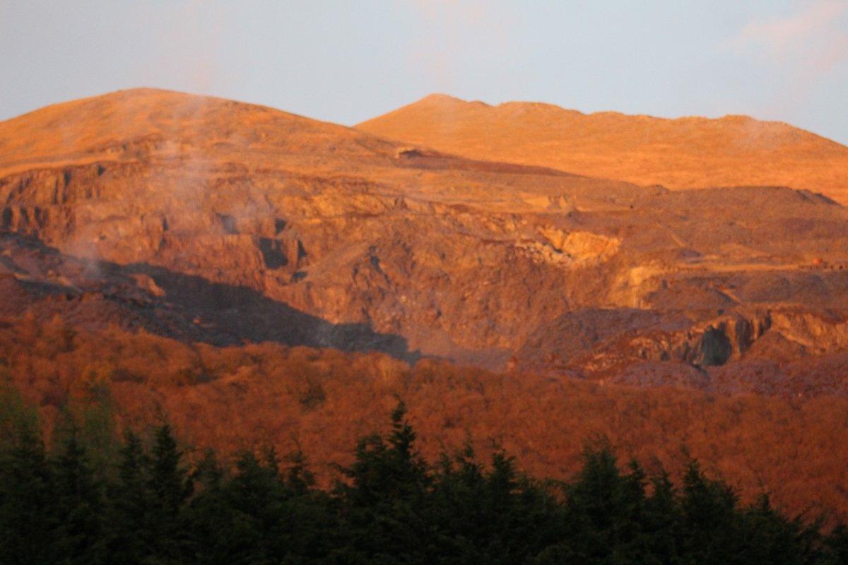 Elidir fawr at sunset